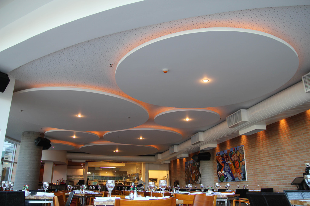 Placa Acústica Perforada - Cleaneo® en Hotelería