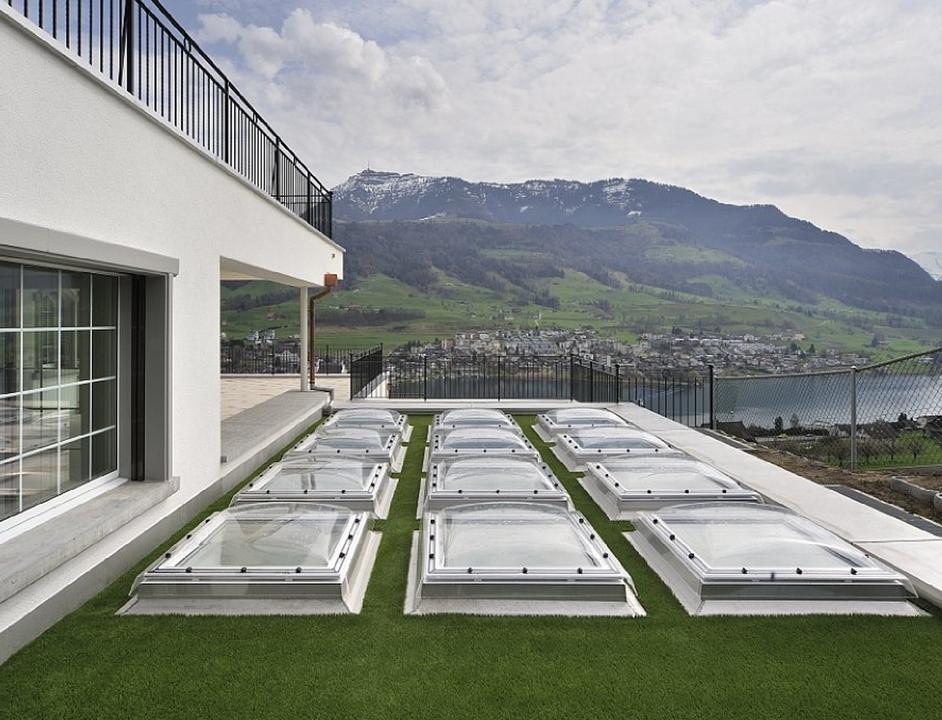 Ventana fija para techo plano de velux for Ventanas para techos planos argentina
