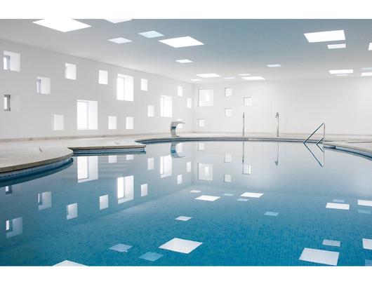 Hotel Castell dels Hams, España - Ventana Fija para Techo Plano VELUX - Modelo CFP