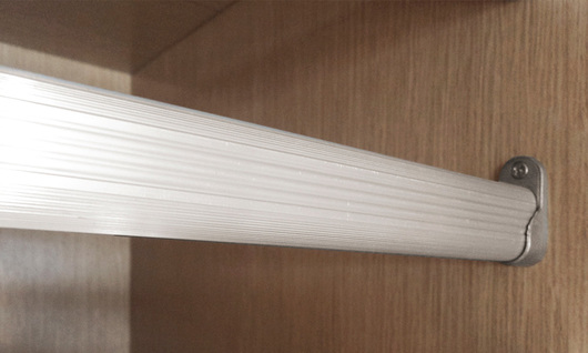 Tubos colgadores- Tubo ovalado de aluminio