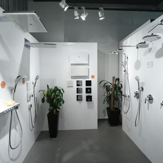 Showroom y centro de formación Aquademie / Hansgrohe
