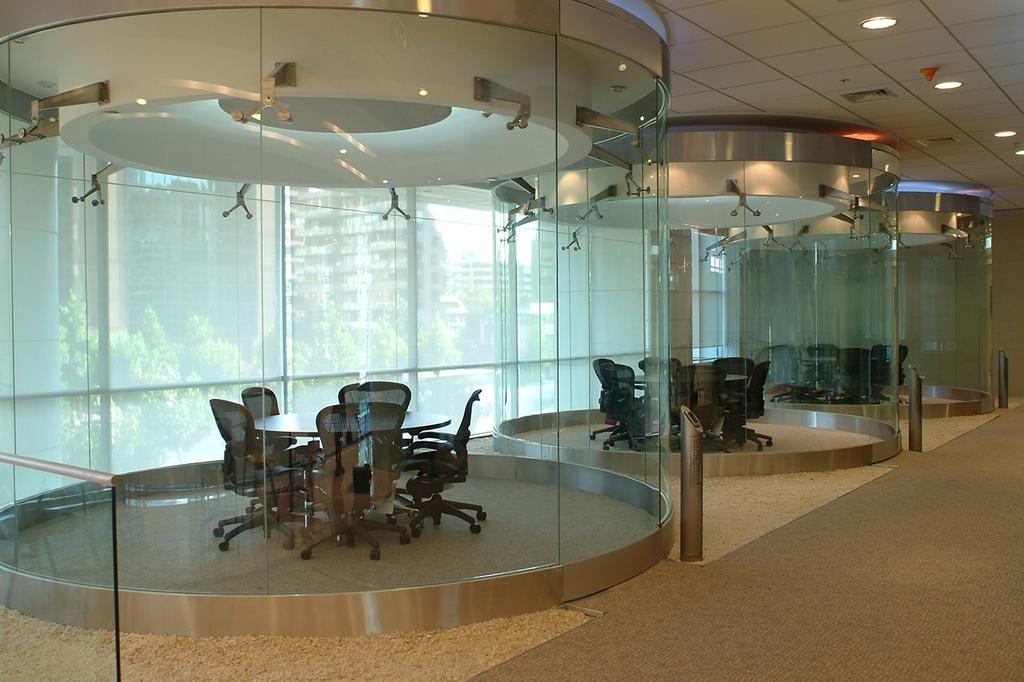 Cristales para dise o de interiores de glasstech for Decoracion cristales puertas interior