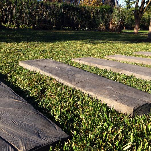Durmientes de Hormigón / Piedras Chilenas