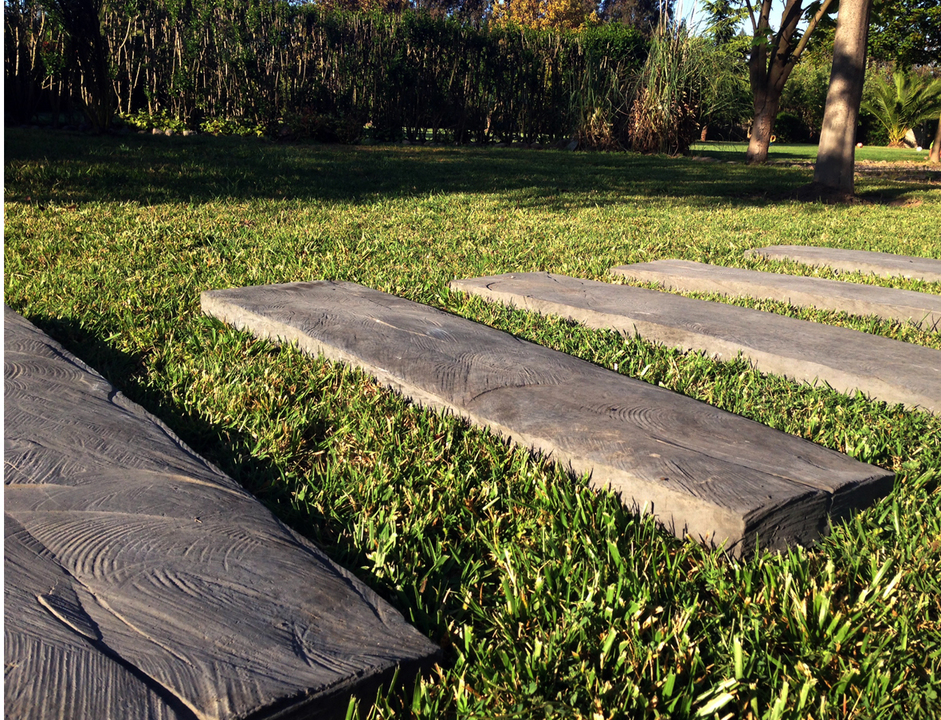 Durmientes de hormig n de piedras chilenas for Antorchas para jardin precio