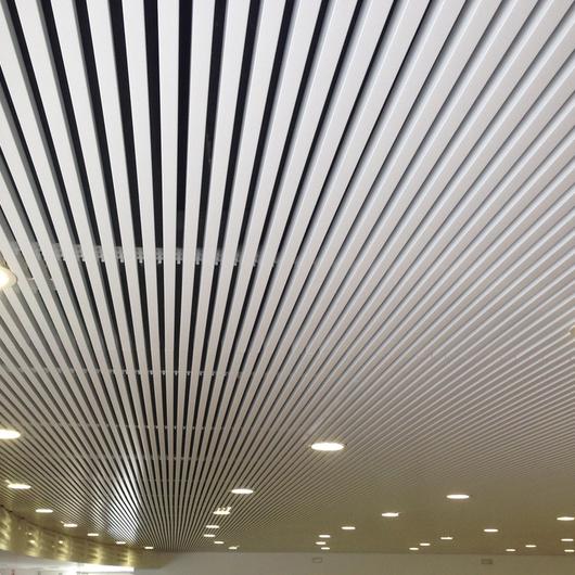 Cielo Metálico Lineal U31-U81 / Gradhermetic