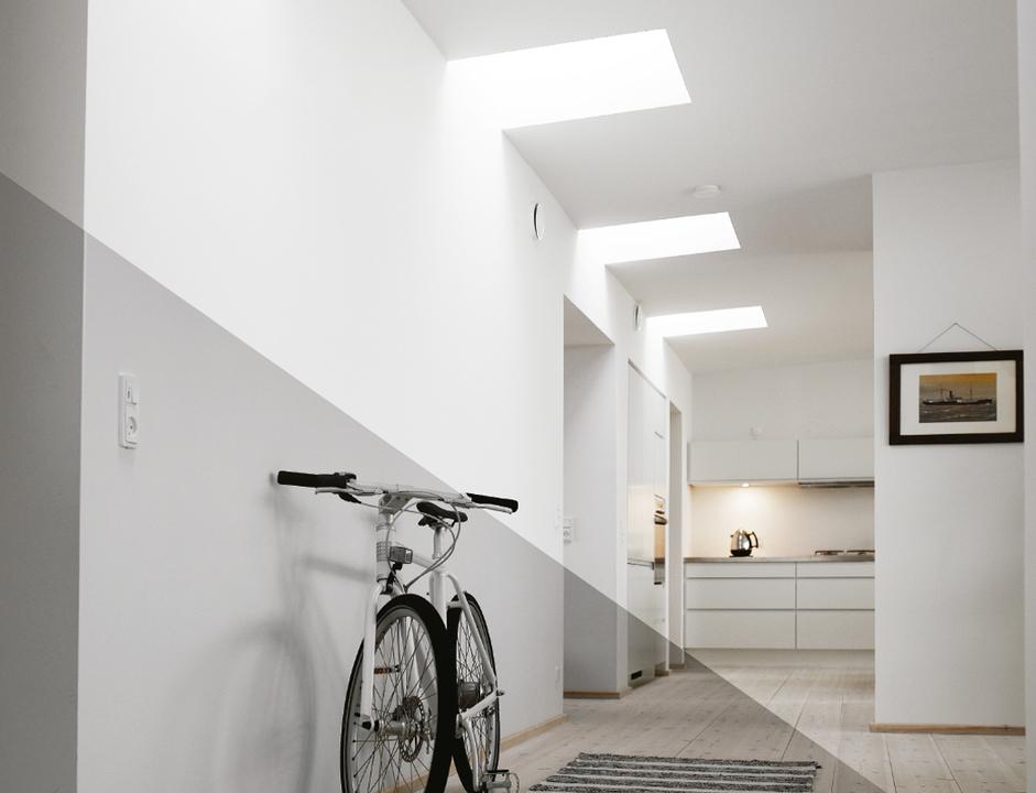 Ventana para techo plano apertura manual de velux for Ventanas para techos planos argentina