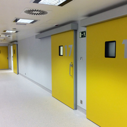 Puertas Hospitalarias Herméticas / Gretsch-Unitas