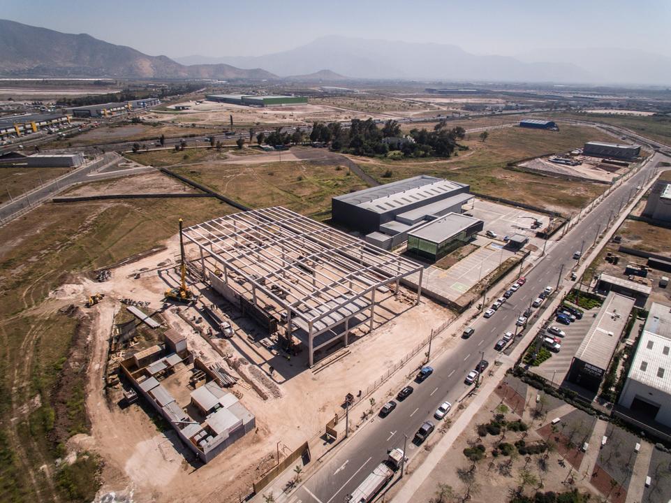 Naves Industriales y Centros de Distribución Prefabricados