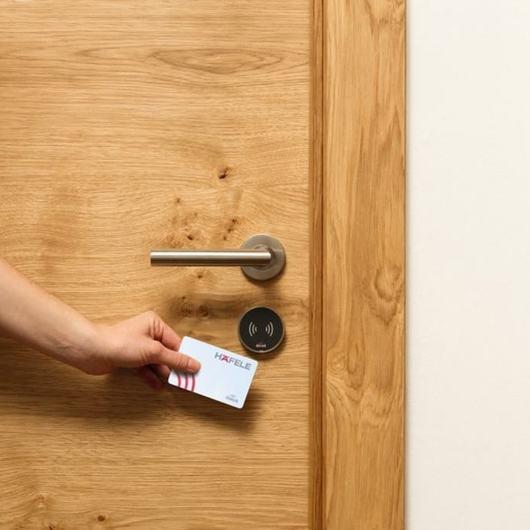 Cerraduras Dialock y Equipamiento para Hoteles