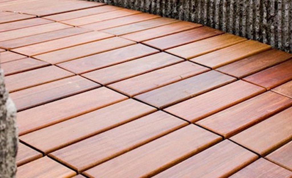 Pisos exteriores decks de escenium haus for Pisos de madera para exteriores precios