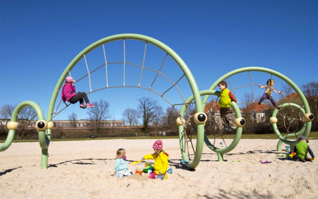 Juegos Infantiles Berliner Twist Shout De Urbanplay