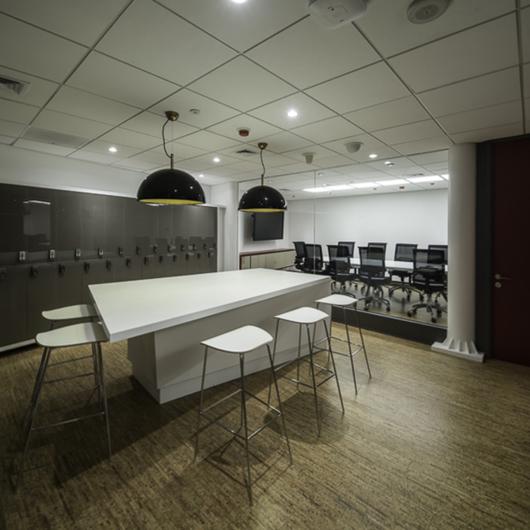 Espacios de Trabajo / Dekomas Arquitectura