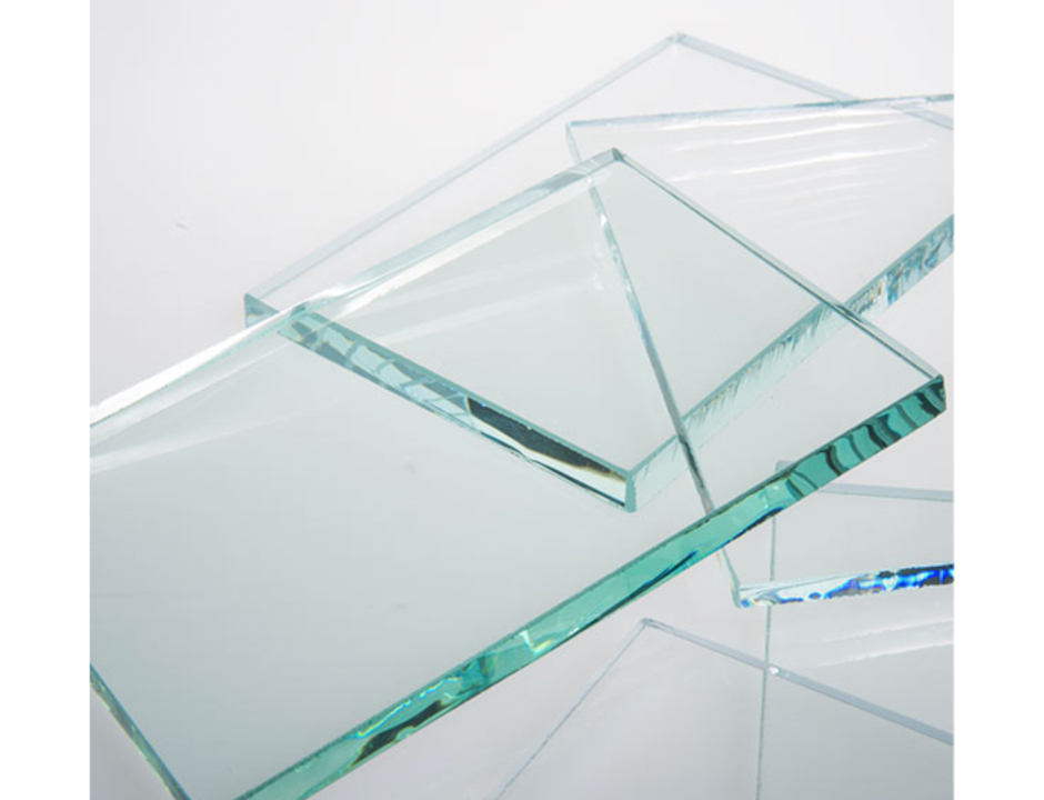 Attirant BIM Starphire® Glass   Interior