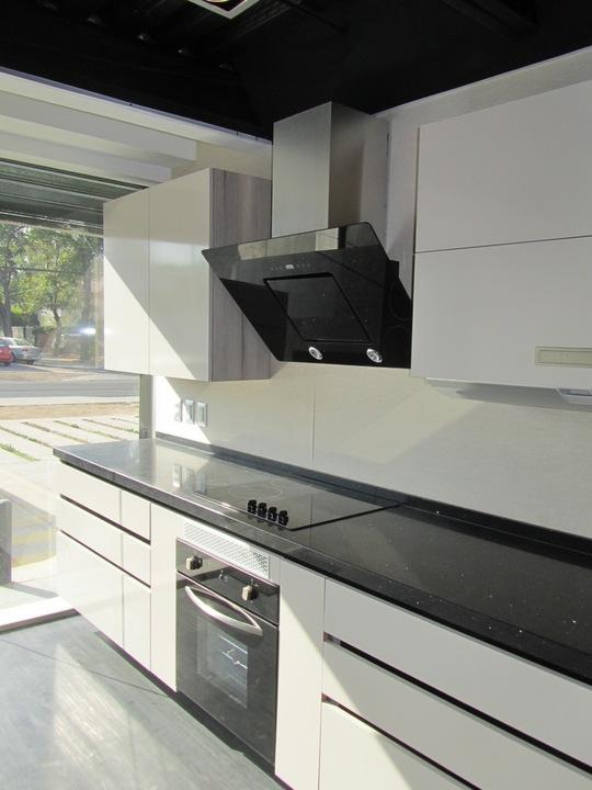 Diseño Mobiliario en Melamina Lino y Nogal Ceniza de Masisa