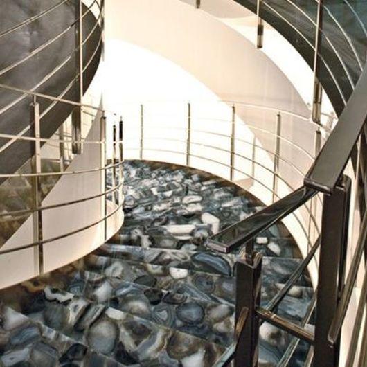 Superficies de Cuarzo para Escaleras